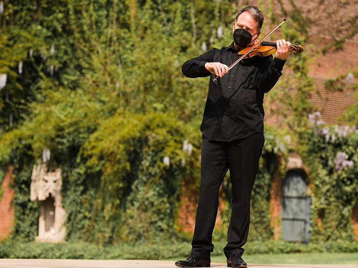 More Info for Arts in the Garden: Beethoven & Wind Serenades